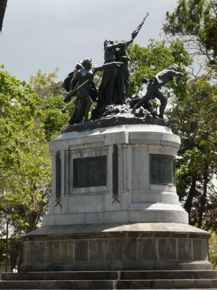 how to get from tamarindo to montezuma costa rica